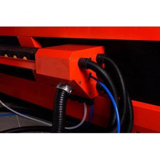 Лазерный станок Raylogic Fiber 1530 LUXE IPG700