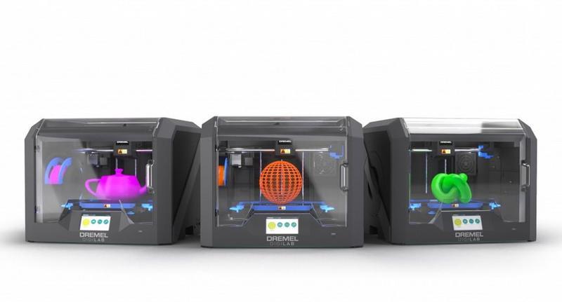 Dremel 3D45 три принтера