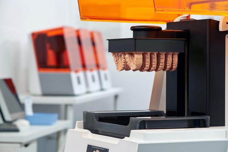 Form 3B принтер