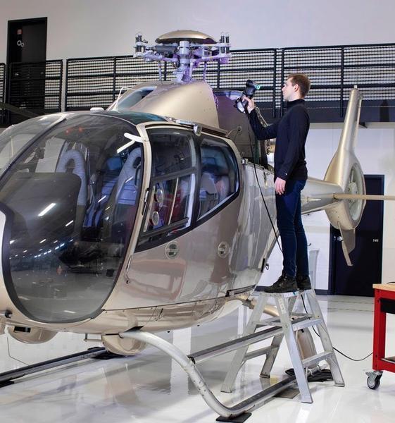 замер детали вертолета