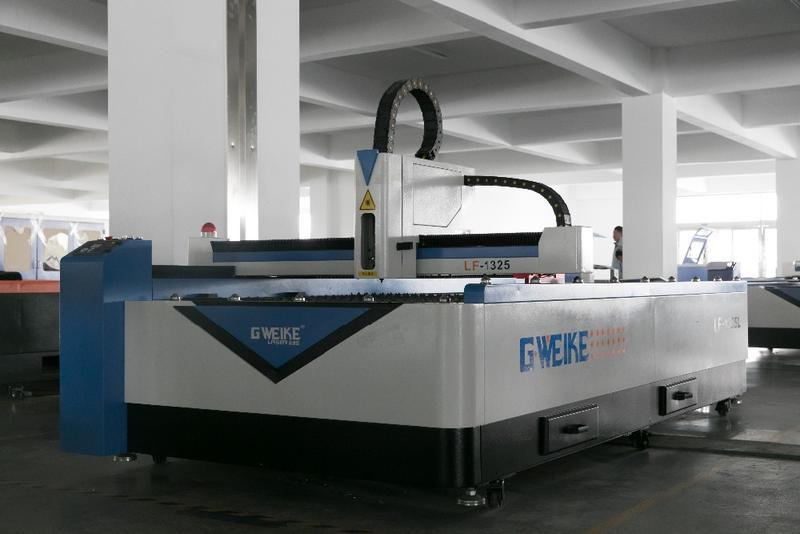 LF1325L с лазером IPG