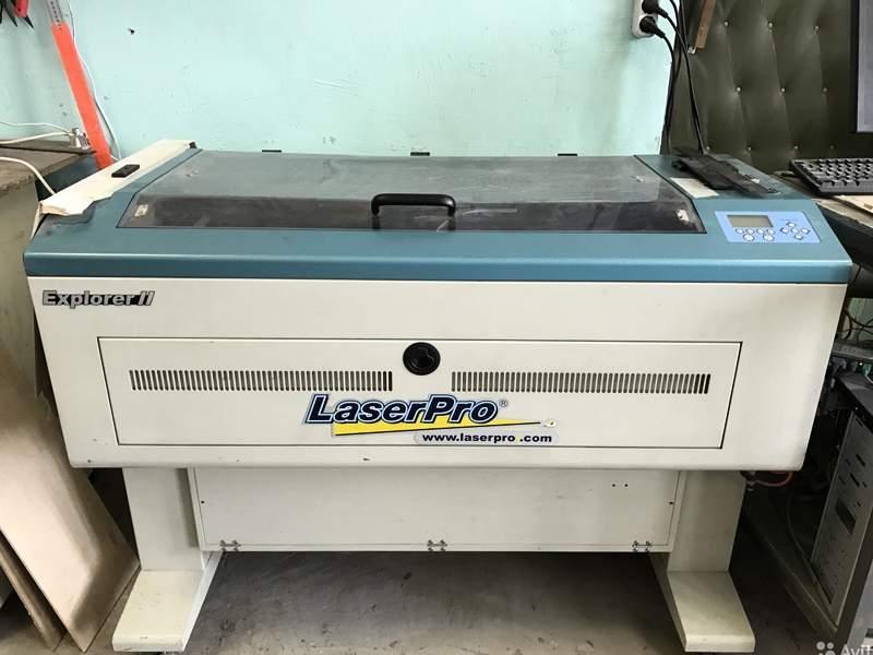 станок лазерный в помещении