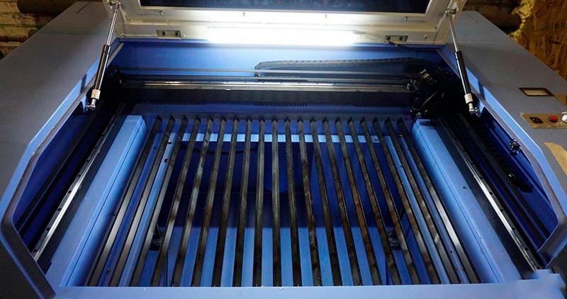 Лазерный гравер LaserSolid 530 Light