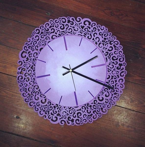 часы фиолетовые