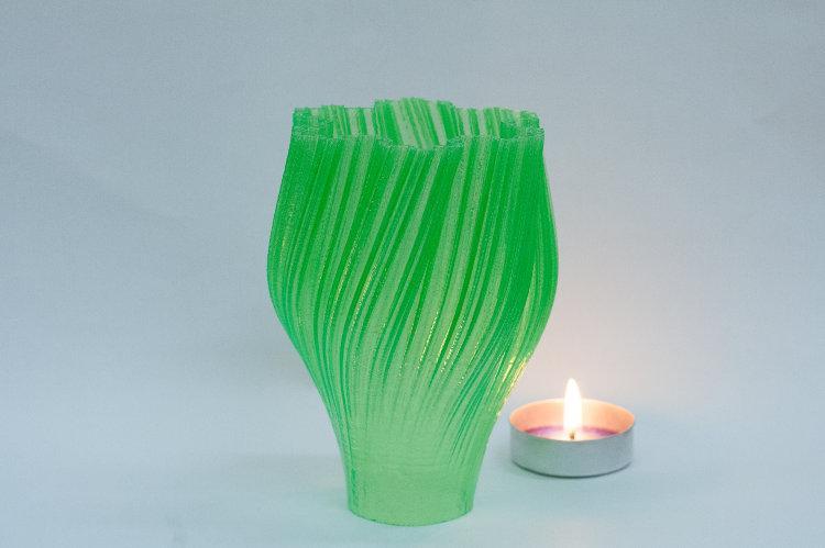 пример ваза зеленая
