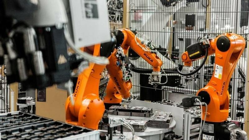 роботы в работе